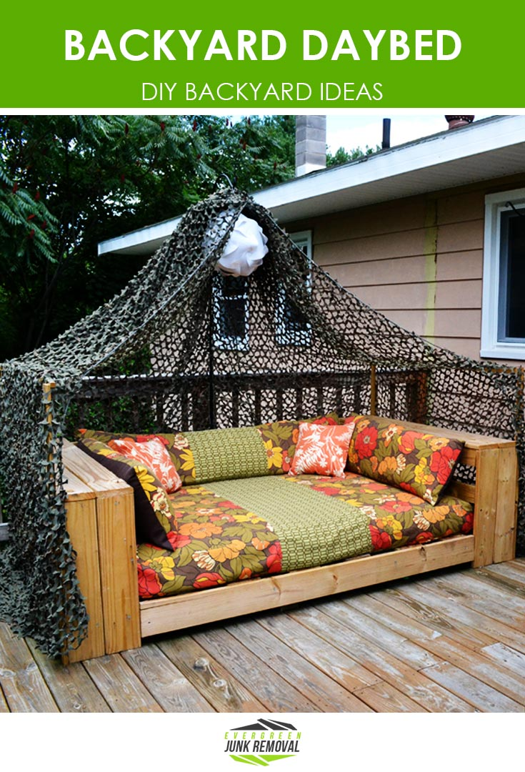 DIY Backyard Daybed