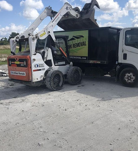 Junk Removal Mims Service